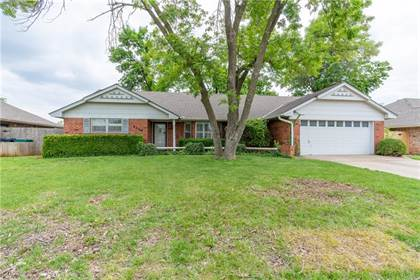 Residential for sale in 6208 NW 84th Place, Oklahoma City, OK, 73132