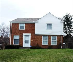 Multi-family Home for sale in 17921 Chagrin Blvd, Shaker Heights, OH, 44122