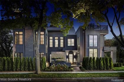 Residential Property for sale in 684 PIERCE Street, Birmingham, MI, 48009