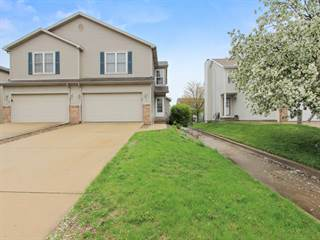 Townhouse for sale in 2817 Gill Street, Bloomington, IL, 61704