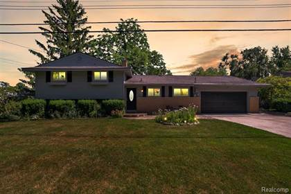 Residential Property for sale in 3305 MORAINE Drive, Brighton, MI, 48114