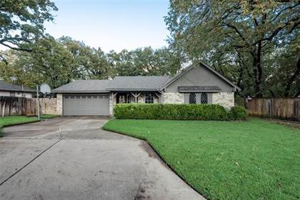 Residential for sale in 2116 Holt Road, Arlington, TX, 76006