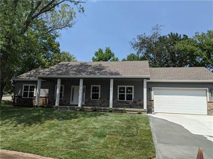 Residential Property for sale in 631 Valley Hill Drive, Knob Noster, MO, 65336