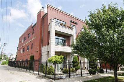 Residential Property for sale in 516 East 42nd Street 2E, Chicago, IL, 60653