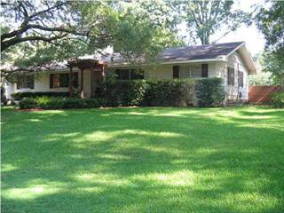 Single Family for sale in 136 ROLLINGWOOD DR, Jackson, MS, 39211