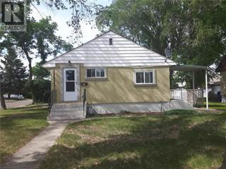 Single Family for sale in 176 10 Street SW, Medicine Hat, Alberta, T1A4R2