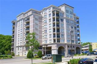 Condo for sale in 4000 Creekside Drive 705, Dundas, Ontario, L9H 7S9