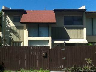 Townhouse for rent in 6956 SW 111th Pl, Miami, FL, 33173