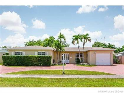 Residential for sale in 9700 SW 106th Ct, Miami, FL, 33176