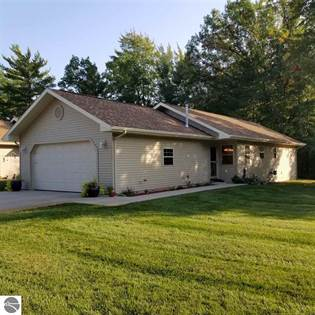 Residential Property for sale in 9855 Deer Track Court, Interlochen, MI, 49643