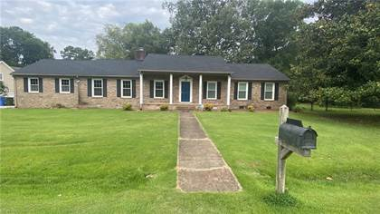 Residential Property for sale in 100 Woodland Circle, Franklin, VA, 23851