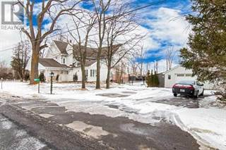 Single Family for sale in 527 LYNDEN RD, Hamilton, Ontario, N3T5M1