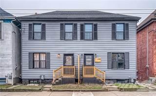 Townhouse for sale in 488 Cannon Street E, Hamilton, Ontario, L8L 2E4