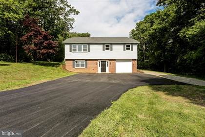Residential Property for sale in 32 HILLTOP LANE, Greater Wakefield, PA, 17560