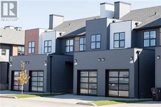 Condo for sale in 5 47 Aquitania Circle, Lethbridge, Alberta