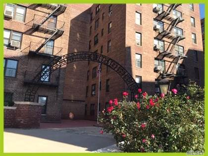 Residential Property for sale in 83-75 Woodhaven Boulevard 3L, Woodhaven, NY, 11421