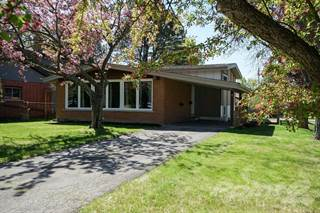 Residential Property for sale in 10 Autumn Leaf Road, Dundas, Ontario, L9H 3V7