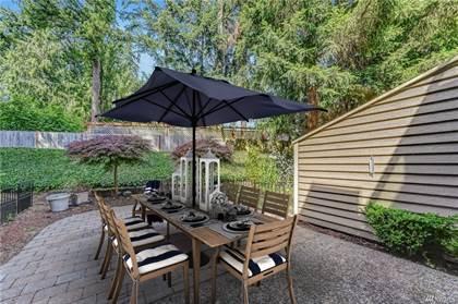 Condominium for sale in 9602 NE 121st Lane, Kirkland, WA, 98034