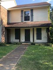 Townhouse for sale in 2431 RIVER OAKS BLVD, Jackson, MS, 39211