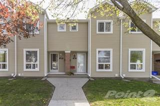 Townhouse for sale in 160 Rittenhouse Rd, Kitchener, Ontario