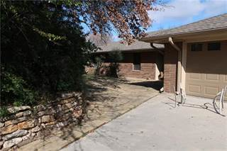 Single Family for sale in 11 Creekwood Trail, Bowie, TX, 76230