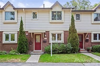 Condominium for sale in 16E BOND Street S, Dundas, Ontario, L9H 3H1