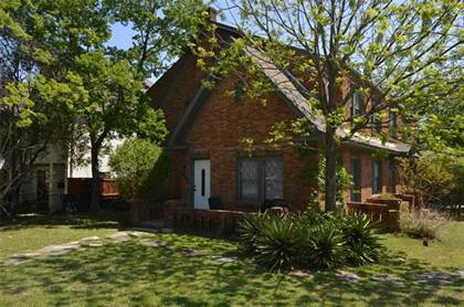 Multifamily for sale in 515 Monticello Drive, Fort Worth, TX, 76107