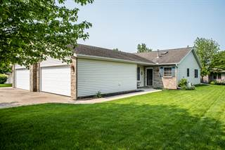 Townhouse for sale in 547 Pine Meadow Drive, Dixon, IL, 61021