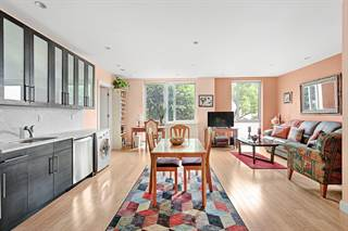 Condo en venta en 35 McDonald Avenue 3D, Brooklyn, NY, 11218