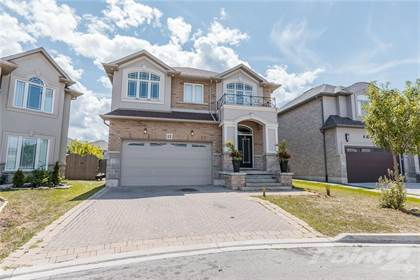 Residential Property for sale in 12 BERNINI Court, Hamilton, Ontario, L9B 0C4