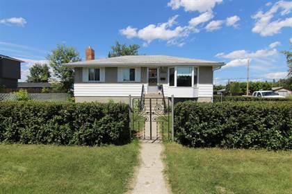 Single Family for sale in 7504 39 Avenue NW, Calgary, Alberta, T3B1V3