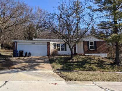 Residential Property for sale in 690 Green Forest Drive, Fenton, MO, 63026