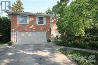 Single Family for sale in 709 ALLAN AVE, Newmarket, Ontario