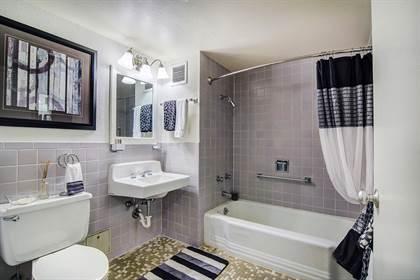 Apartment for rent in 2511 Wedglea Drive, Dallas, TX, 75211