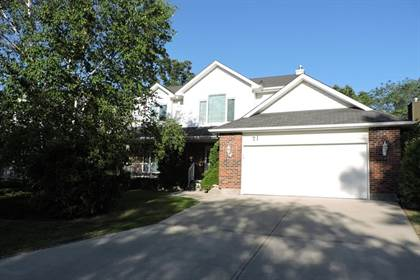 Stupendous For Sale 71 Michigan Ave Winnipeg Manitoba R3T3V1 More On Point2Homes Com Home Interior And Landscaping Ologienasavecom