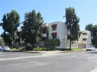 Condo for sale in 18656 Collins Street 4, Tarzana, CA, 91356