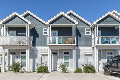 Residential for sale in 15209 Beach Way Dr, Corpus Christi, TX, 78418