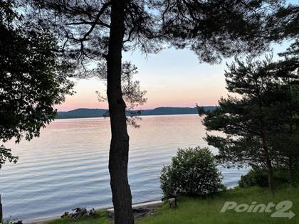 Residential for sale in 1035 Charlie Thompson Road, Lake of Bays, Ontario