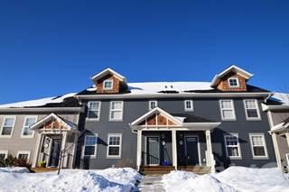 Townhouse for sale in 37 Rafferty Court, Sylvan Lake, Alberta