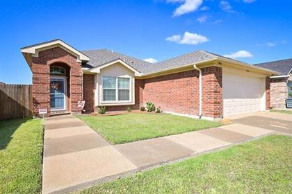 Residential Property for sale in 7416 Lake Front Trail, Arlington, TX, 76002