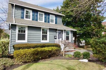 Residential Property for sale in 144 5th Street, Hicksville, NY, 11801