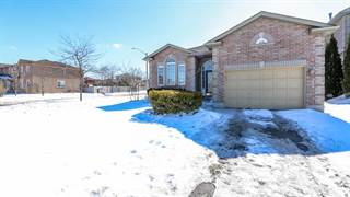 Residential Property for sale in 141 Sundew Dr., Barrie, Ontario, L4N 9M3