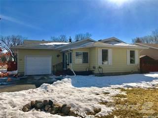 Residential Property for sale in 121 Tremaine AVENUE, Regina, Saskatchewan, S4R 6H8