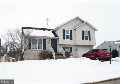 Residential Property for sale in 4 EISENHART DRIVE, Abbottstown, PA, 17301