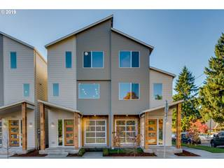 Multi-family Home for sale in 5987 N Michigan AVE, Portland, OR, 97217