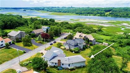 Residential Property for sale in 14 MORGAN Drive, Greater Bonnet Shores, RI, 02882