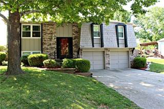 Single Family for sale in 1600 NW Ashland Place, Blue Springs, MO, 64015