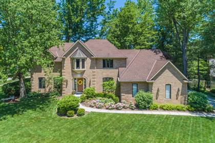 Residential for sale in 8132 Linden Leaf Circle, Columbus, OH, 43235