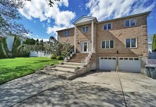 Duplex for sale in 129 Camden Avenue, Staten Island, NY, 10309
