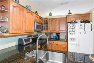 Single Family for sale in 1960 NW 188th Ave, Pembroke Pines, FL, 33029